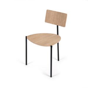Existentialiste : chaise fond blanc site